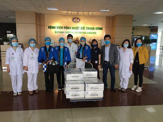 IZUMIO đồng hành cùng các bác sỹ trong cuộc chiến chống Covid-19 tại bệnh viện nhiệt đới Trung ương 8